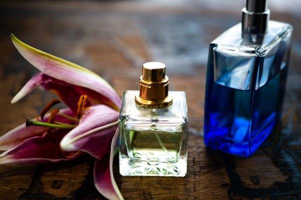 Mau Wangi Sepanjang Hari? Simak 10 Rekomendasi Parfum Bvlgari untuk Pria dan Wanita Berikut Ini (2020)