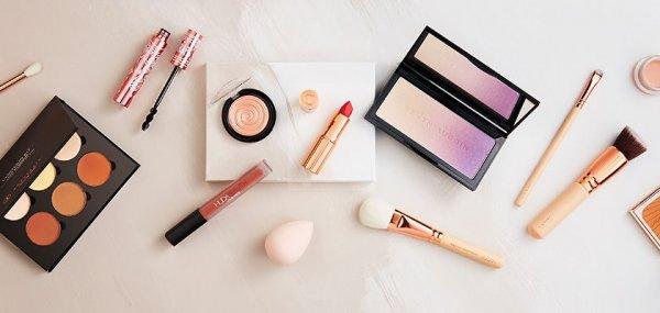 Tetap Cantik Menawan dengan Wajah Bulat Kamu Lewat 11+ Langkah Makeup untuk Wajah Bulat dalam Tutorial Berikut Ini