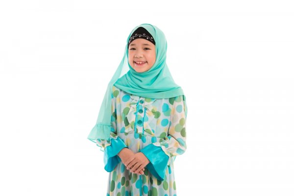 9+ Baju Muslim Anak yang Bikin Anak Makin Ganteng dan Cantik