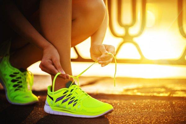 10 Rekomendasi Sneakers Rajut 2019 yang Harus Kamu Punya dan Membuatmu Tampil Beda