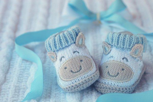Tips Memilih dan Pilihan Sepatu Bayi Berdasarkan Progress Pertumbuhannya