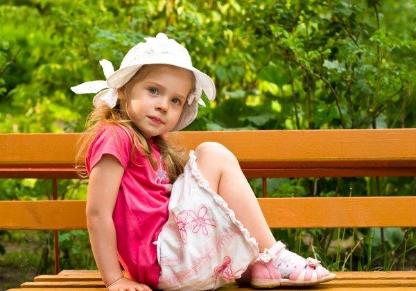 Dandani Putrimu Bak Seleb Cilik dengan 10 Ragam Baju Anak Cantik Nan Lucu