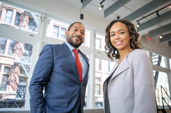 8 Rekomendasi Jas dan Blazer dari The Executive agar Penampilanmu Saat ke Kantor Terlihat Elegan (2019)