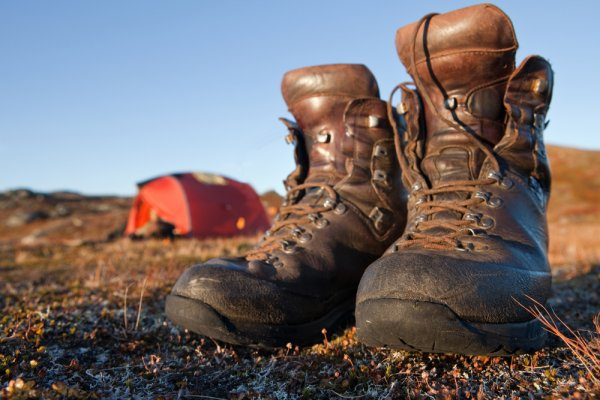Planning to Go out on a Camping Trip? Check out These Top Camping Boots for Both Men and Women That will Keep You Comfortable on Your Trip (2020)