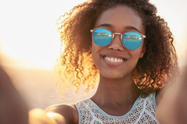 10 Pilihan Terbaru Kacamata Sunglasses yang Modis dan Keren 6d979ab7eb