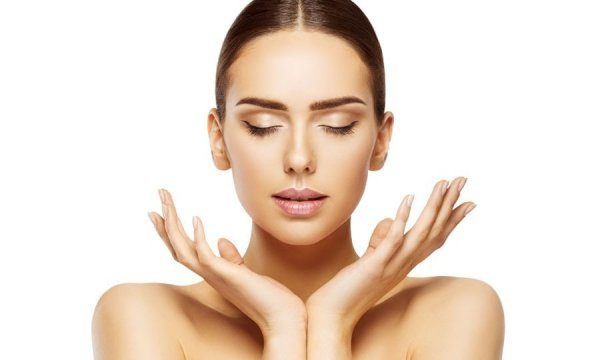 Beauty is Hardly Skin Deep and You Must Follow the Right Diet for Glowing Skin. Try these Healthy Home Remedies and Diet Tips for Glowing Skin in 2020
