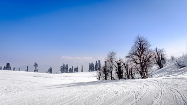 Whether You're Seeking Refuge in Nature or Some Solitude on Your Next Holiday, Here are the 10 Best Hill Stations in India to Soothe Body and Mind (2019)