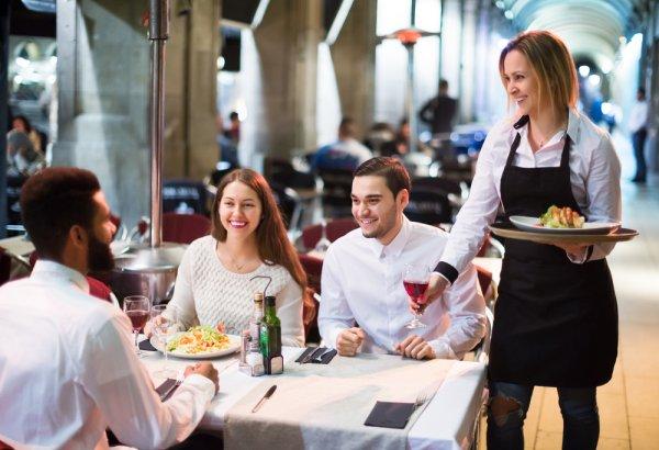 10 Restoran Unik di Dunia, Santap Romantis Bawah Laut Hingga Melayang di Udara (2018)