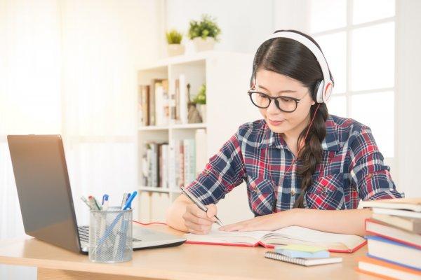 Gợi ý 10 khóa học tiếng Anh online tốt nhất hiện nay (năm 2021)