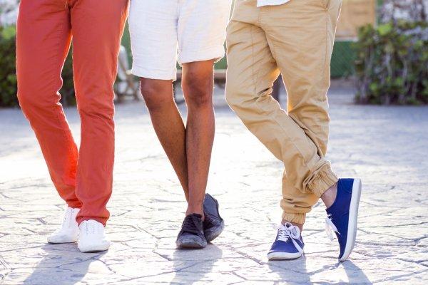 Makin Keren Saat Hangout Dengan 10 Pilihan Sepatu Kasual Kekinian