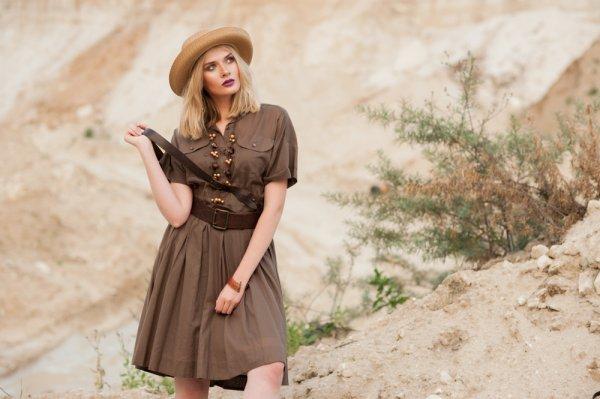 Baju Safari Cocok juga Dipakai para Wanita untuk ke Kantor, Ini 9 Rekomendasinya (2019)