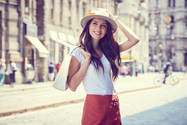 Yuk, Intip 10 Rekomendasi Fashion Wanita Terbaru yang Sedang Booming saat Ini (2018)