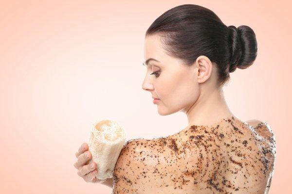 Mau Kulit Sehat dan Cantik? 10 Rekomendasi Sabun Lulur Terbaik Ini Bisa Jadi Pilihan