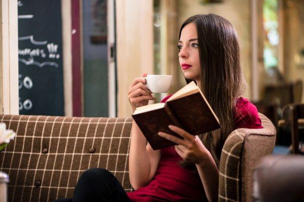 Bosan Karena Tak Ada Aktivitas? Baca Saja 10+ Rekomendasi Novel Terjemahan dengan Berbagai Kisah Menarik (2019)