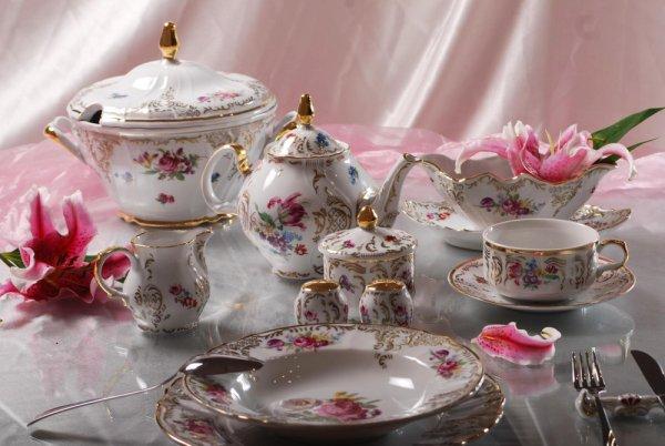 Ini 10 Rekomendasi Perlengkapan Makan Chinaware dari Vicenza yang Artistik untuk Hidangan Anda (2020)