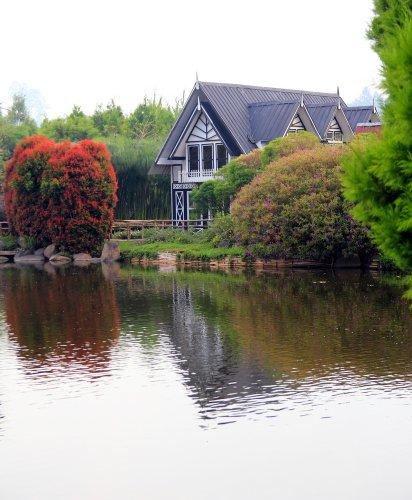 10 Hotel Terbaik di Bandung yang Siap Memanjakan Anda Kala Menginap