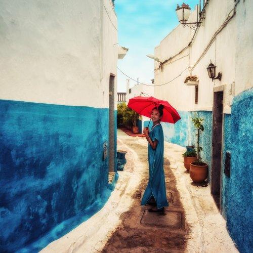 Tampil Memesona dengan 10 Rekomendasi Kaftan Terbaru dan Tips Padu Padannya untuk Para Hijabers