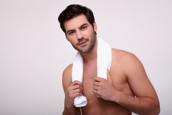Are You a Man That Needs Help with His Skincare Routine? Here are the Complete Men's Skincare Guide Plus 10 Best Skincare Products to Keep Your Skin Youthful and Healthier (2020)