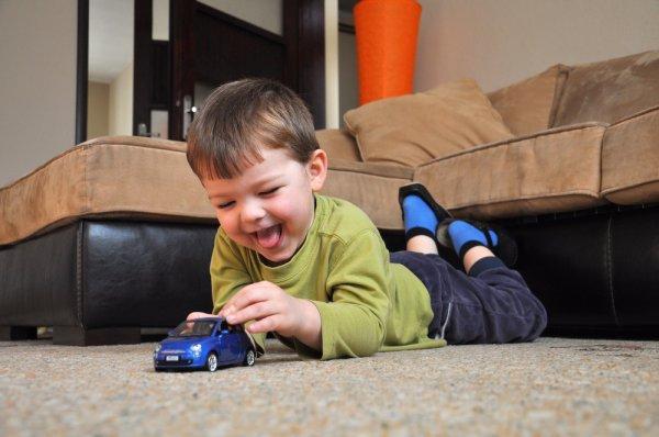 Lagi Cari Mobil Mainan untuk Anak? Yuk, Intip 10 Rekomendasinya (2021)