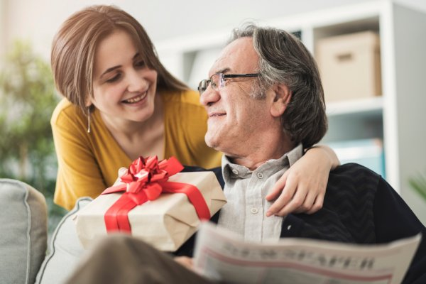 Melt Your Old Mans Heart With A Wonderful Birthday Gift 10 Ideas For Dad 2018