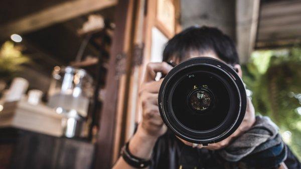 9+ Pilihan Kamera Profesional untuk Hasil Foto yang Super Masa Kini!