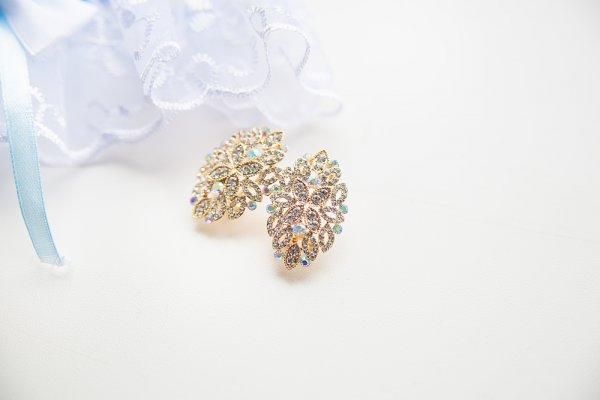 Cantik dan Menawan di Hari Spesial dengan 10+ Perhiasan Pernikahan Berikut Ini