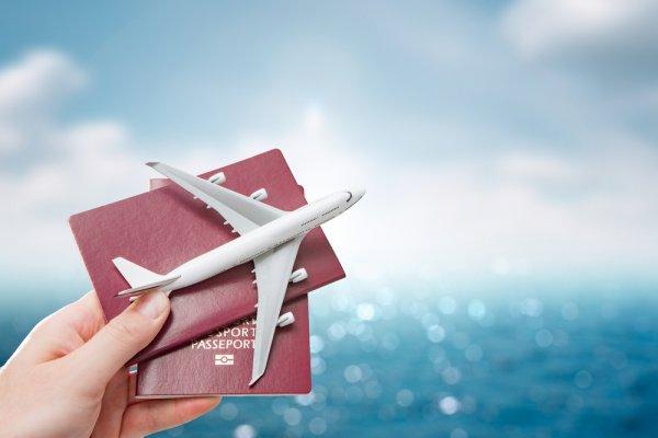 Jangan Traveling Sebelum Punya Asuransi! Ini 7 Rekomendasi Asuransi Perjalanan yang Kredibel dan Dijamin OJK
