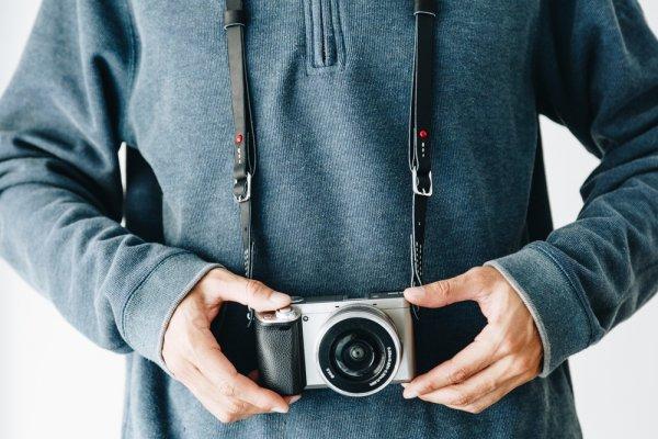 Inilah Perbedaan Utama Kamera Mirrorless dan Kamera DSLR