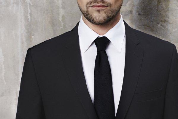 Penampilanmu akan Semakin Berkelas dengan Tambahan Dasi Hitam yang Tepat, Ini 10 Rekomendasinya