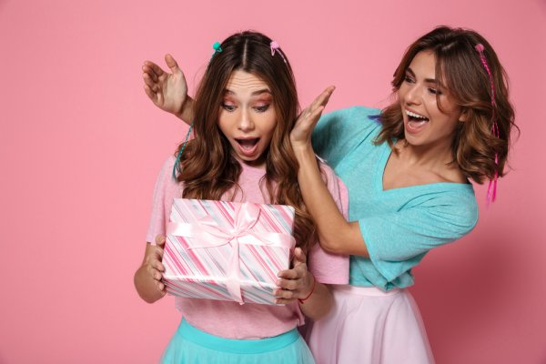 8 Affordable, Yet Awesome Friendship Day Gift Ideas for Your Girl Best  Friend in 2019 and