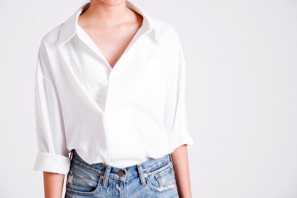 Padu Padan Pakaian Semakin Mudah dengan 8 Rekomendasi Blus Keren untuk Wanita Ini