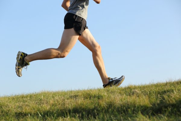 Mau Sehat dan Nyaman Saat Jogging? Cuma 10 Celana Jogging Pria Terbaik Ini yang Bisa Menjawabnya!