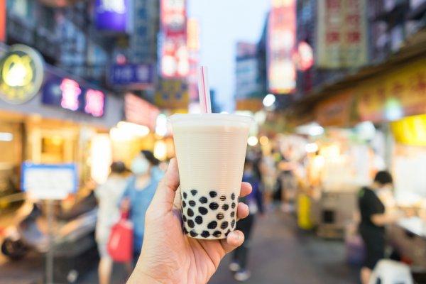 9 Rekomendasi Minuman Kekinian yang Sukses Bikin Banyak Orang Rela Antre Berjam-Jam