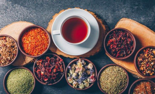 Ingin Lebih Bugar? Minumlah 11 Rekomendasi Minuman Teh Herbal yang Bisa Kamu Konsumsi untuk Menunjang Kesehatan