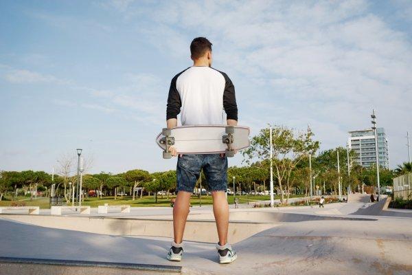 9+ Rekomendasi Baju Olahraga Lengan Panjang Ini Bikin Aktivitas Olahragamu Jadi Lebih Hidup!