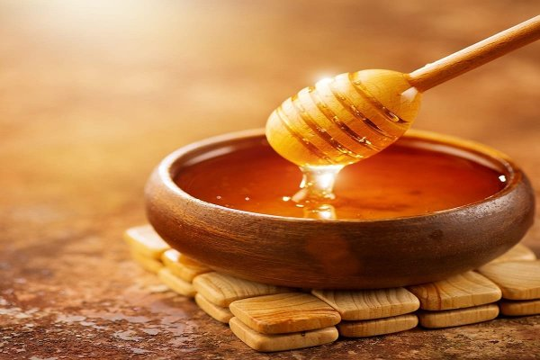 Is Honey Good for the Face and Skin? Honey Beauty Tips That Can Up Your Beauty Game (2021)
