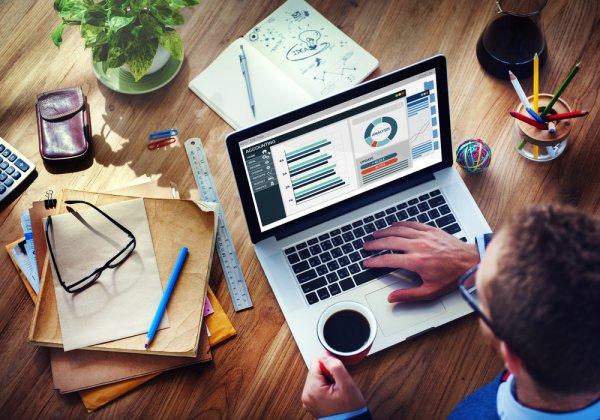 Tips Memilih Laptop yang Tepat dan 11 Rekomendasi Laptop untuk Programmer dengan Spesifikasi Mumpuni