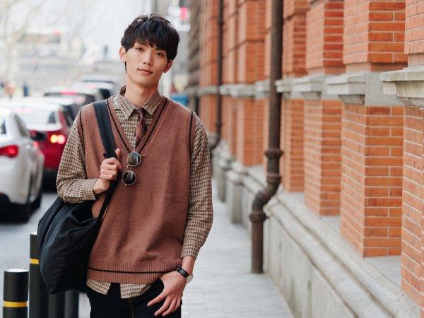 Ingin Bergaya Keren Bak Pria Korea? Kamu Butuh 10 Rekomendasi Produk Fashion Berikut Ini!