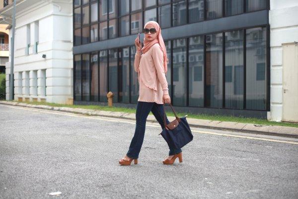 Intip 9 Tren Fashion Muslimah 2019, Bisa Jadi Inspirasi untuk Lebaran, Lho!
