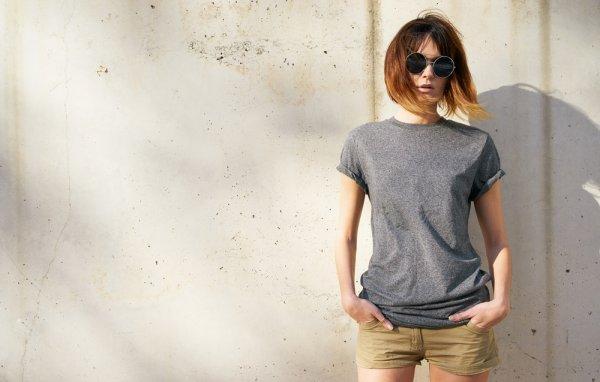 10 Pilihan Terbaik Baju Kaos Wanita Terbaru 2018 untuk Tampil Kece