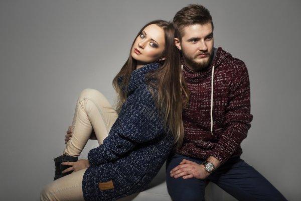 Tampil Lebih Kasual dengan 9 Rekomendasi Sweater Keren Ini (2019)