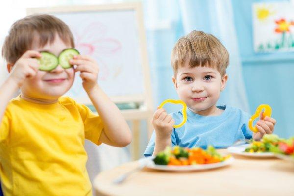 15 Makanan yang Dilarang untuk Anak Kecil Karena Mengganggu Kesehatan