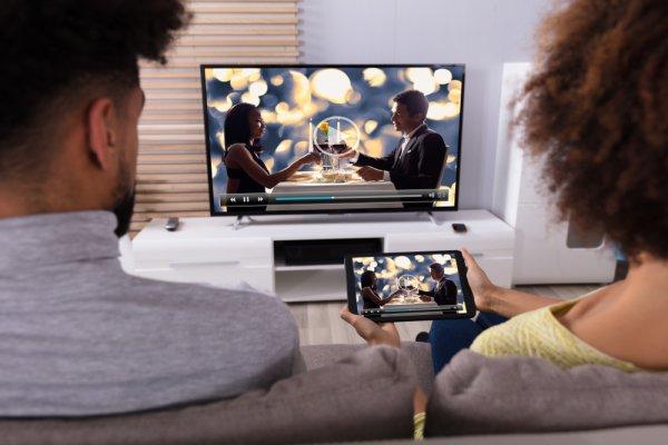 Ganti TV Lama Anda dengan 10 Rekomendasi TV 21 Inch ini (2018)