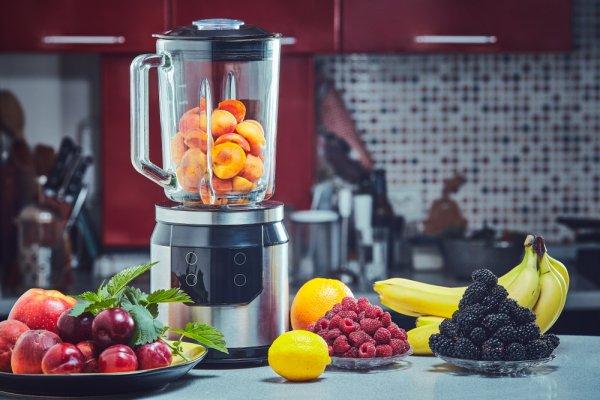Menghaluskan Bahan Makanan Lebih Efektif dengan 10 Rekomendasi Blender Terbaik (2020)