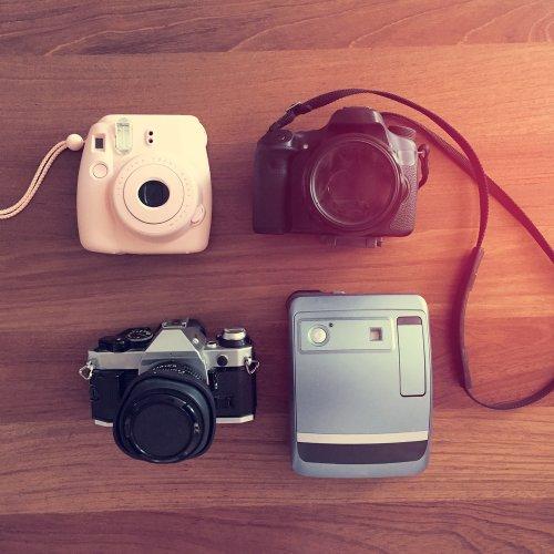 Pilihan Seru 10 Kamera Instax untuk Having Fun