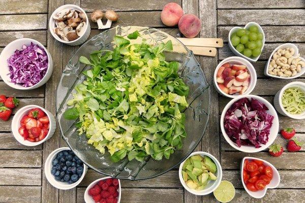Ingin Tetap Sehat dan Bugar? Konsumsi 10 Rekomendasi Makanan Rendah Kalori Ini Setiap Hari!