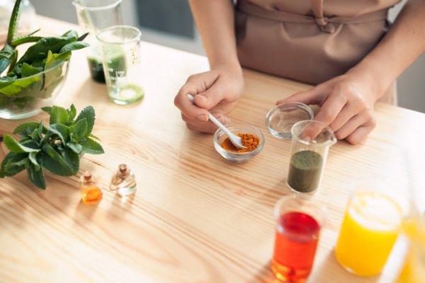 Kenali 10 Kosmetik dari Bahan Nabati dan 3 Resep Masker yang Bisa Dibuat Sendiri