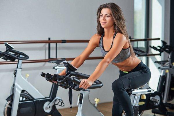 10 Model Sepeda Statis untuk Olahraga dan Manfaatnya Buat Kamu!