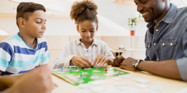 Make the Best Out of Your Family Time Together: 10 Family Board Games for Kids of all Ages and Adults Alike! (2020)