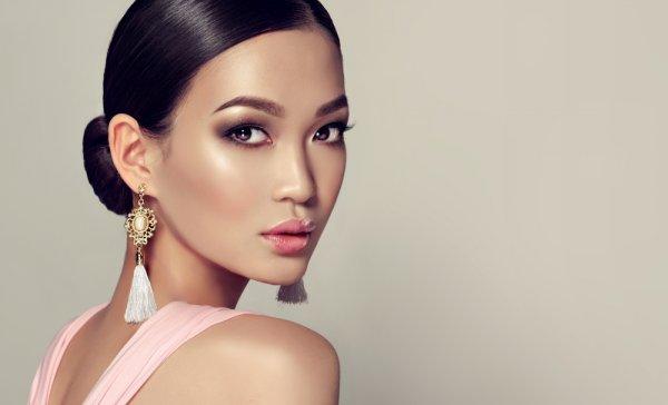 Intip Kecantikan Seleb Thailand Plus 8 Rekomendasi Merek Makeup Thailand yang Bisa Kamu Coba (2018)!